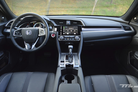 Honda Civic 2019 12