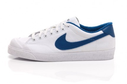 A.P.C y Nike reeditan las All Court