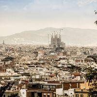 Los trabajadores con las rentas más bajas podrán circular por la ZBE de Barcelona si acreditan que necesitan el coche