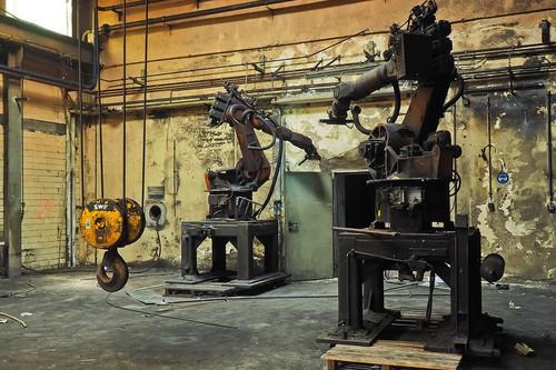 Qué coticen los robots, o ponemos límites o nos volvemos luditas