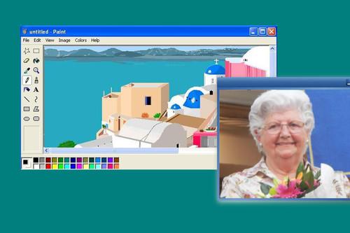 90 años y casi 300.000 seguidores en Instagram: hablamos con esta artista valenciana que pinta con Microsoft Paint
