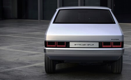 Hyundai Pony Restomod 2021 017