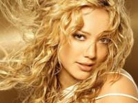 Hilary Duff es la famosa adolescente mejor vestida