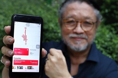 Un hombre de 76 años salva su vida gracias al Apple Watch y su sensor cardíaco