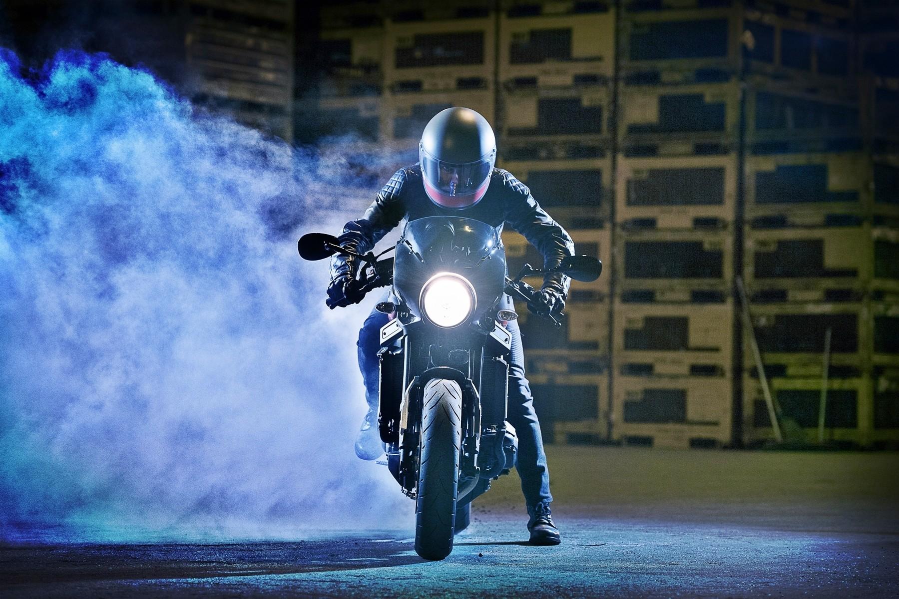 Foto de Yamaha XRS900 Abarth (31/38)