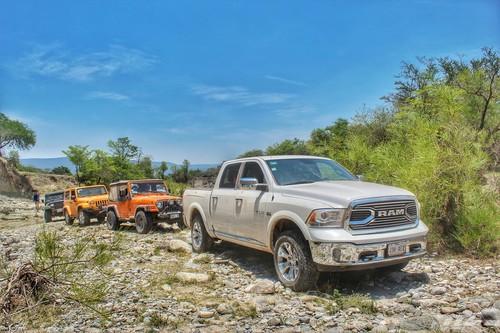 RAM Limited 2016, la pusimos a prueba con todo y un grupo de Jeeps
