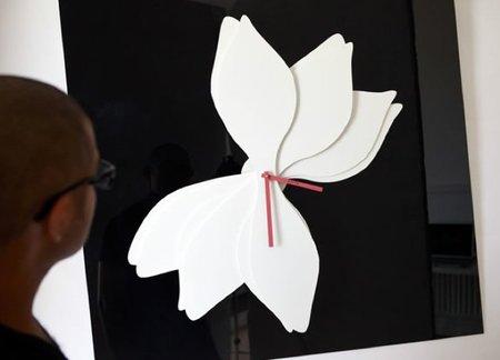 reloj lotus blanco