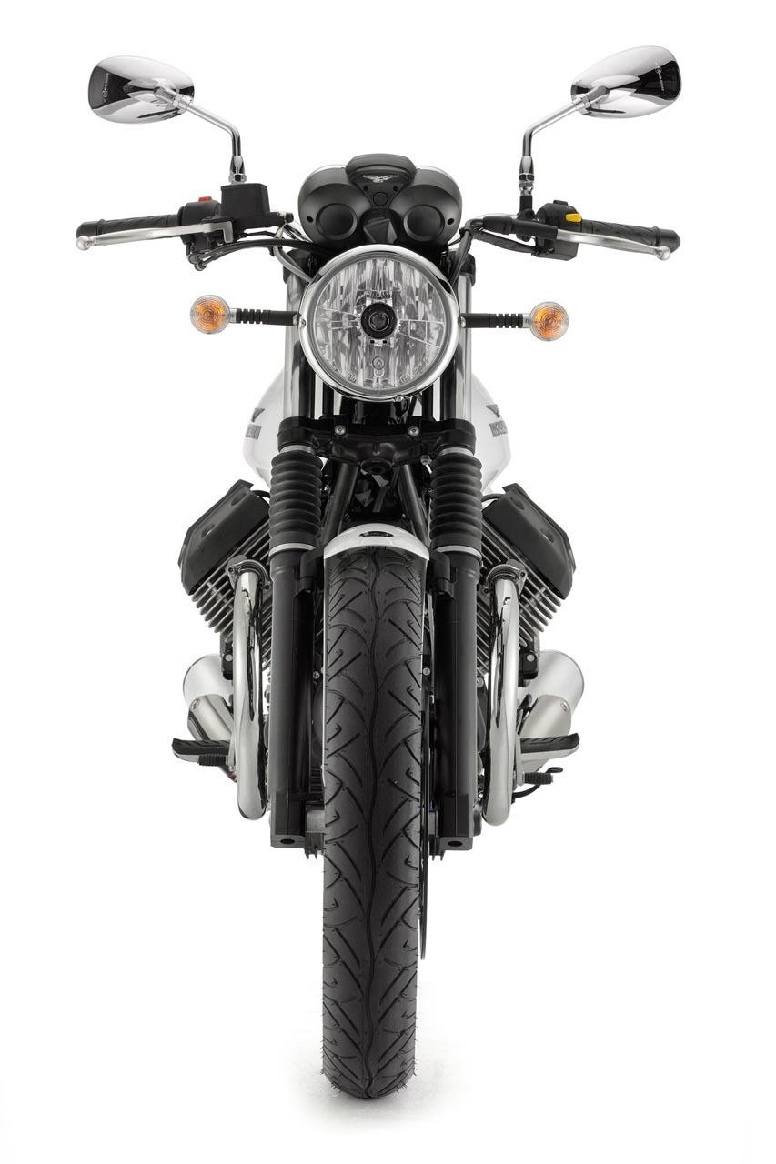 Foto de Moto Guzzi V7 Stone (10/57)
