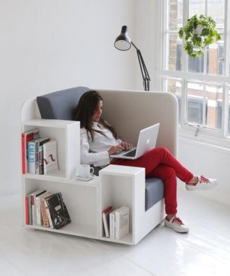 Un coqueto 2 en 1: sillón y pequeña biblioteca