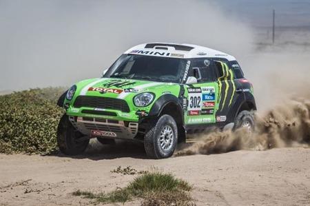 Stéphane Peterhansel y Cyril Despres repiten victoria en el Dakar