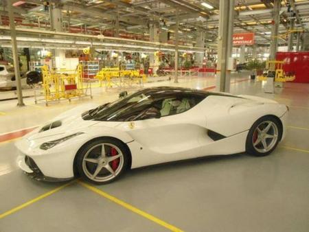 El Ferrari LaFerrari ya rueda en Nürburgring Nordschleife. ¿Objetivo Porsche 918 Spyder?