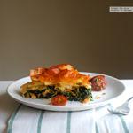 Tarta salada de salmón, espinacas y queso Gorgonzola. Receta para lucirse sin despeinarse