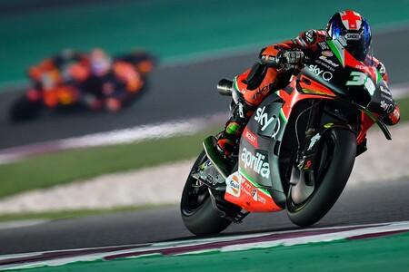 Bradley Smith aún es una opción para Aprilia pero solo seguirá en MotoGP si es como piloto titular