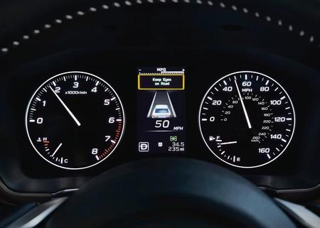 Subaru Legacy 2020 1600 07