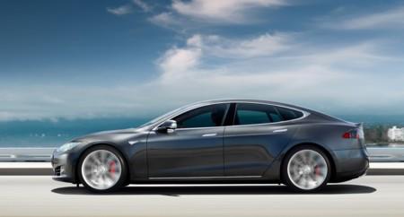 El piloto automático de los Tesla es un quiero y no puedo, dicen en Volvo
