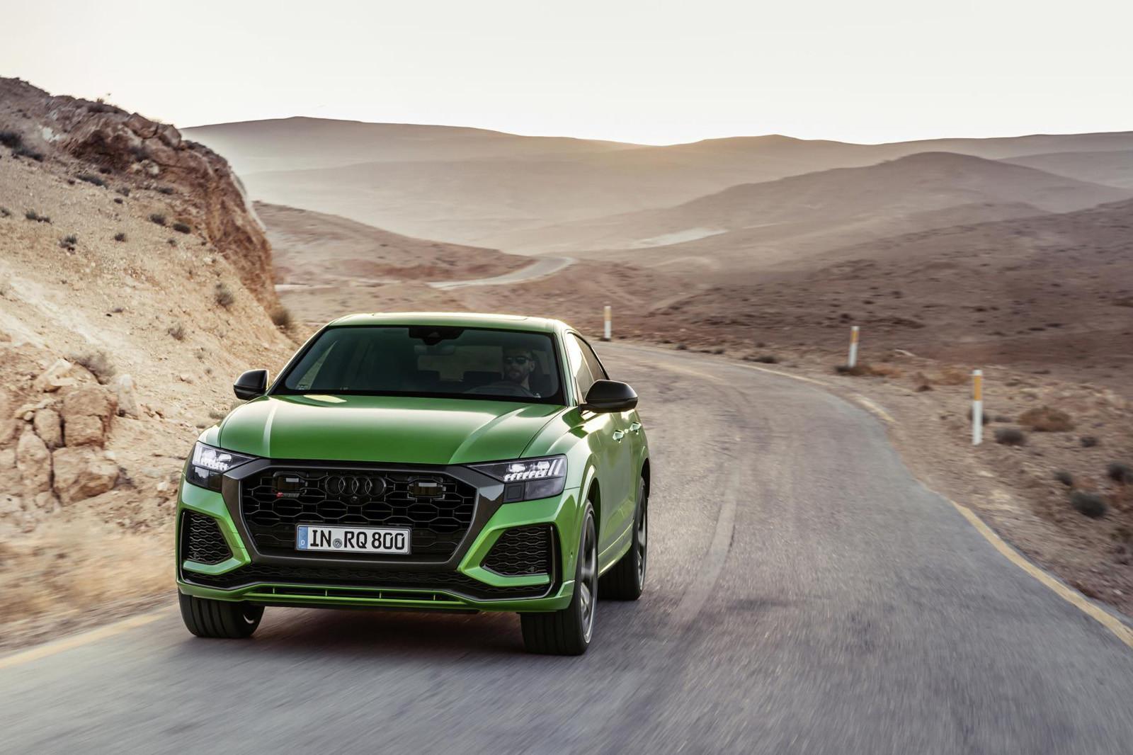 Foto de Audi RS Q8 2020 (33/47)