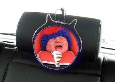 Bebés de alta demanda: cuando viajar en el coche es misión imposible
