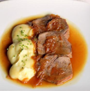 Rabillo de ternera con salsa de ostras, la carne asada más tierna con sabor intenso