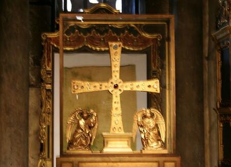 El santo sudario en la catedral de Oviedo