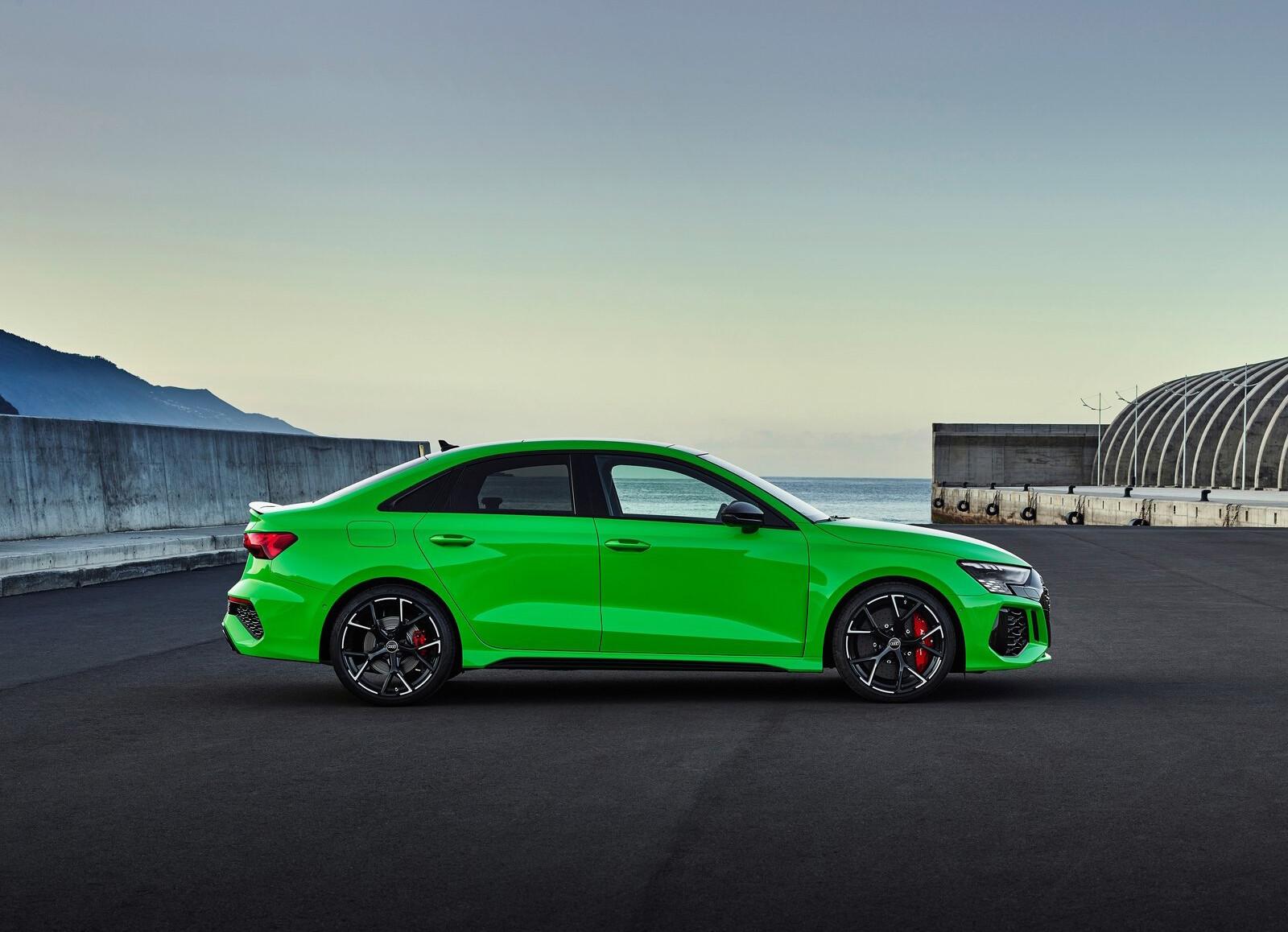 Foto de Audi RS 3 2022 (16/99)