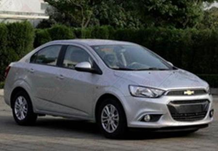 Fotos espía: Chevrolet Sonic 2015 al desnudo