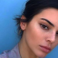Kendall Jenner sigue los pasos de la familia y también prepara su línea de belleza