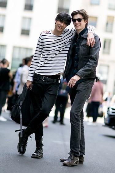El streetstyle por fin se rinde a los looks más sencillos y cómodos
