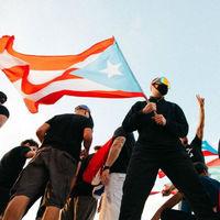 """""""La furia es lo único que nos une"""": Bad Bunny y la revolución de los reguetoneros en Puerto Rico"""