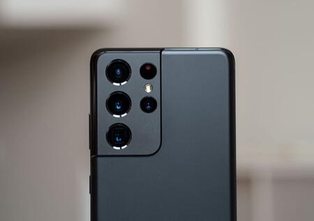 Corning quiere acabar con los arañazos de las cámaras de los móviles: lanza un nuevo Gorilla Glass diseñado para lentes