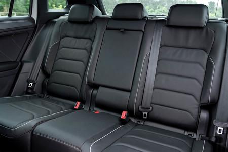 Volkswagen Tiguan R Line asientos traseros