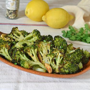 Brócoli al horno: la mejor receta, con solo tres ingredientes, para que quede delicioso