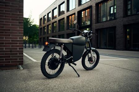 Black Tea Moped 2020 2