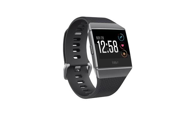 Fitbit Ionic, un smartwatch para ponerse las pilas con el ejercicio por sólo 229 euros en la Red Night de MediaMarkt [Caducada]