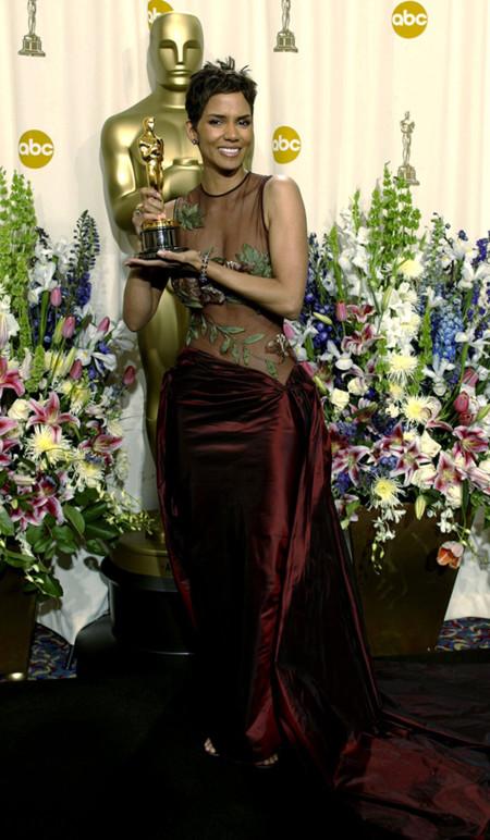 Halle Berry Elie Saab Oscar