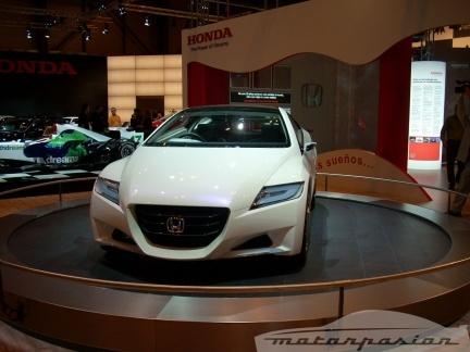 Honda presenta el Accord Tourer y el concept CR-Z en el Salón de Madrid