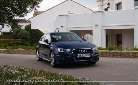 Audi A3 S-Line azul 42