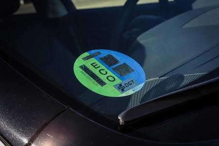 Subaru Outback Black Edition etiqueta ECO