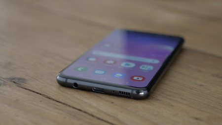 Samsung Galaxy S10e Review Puertos
