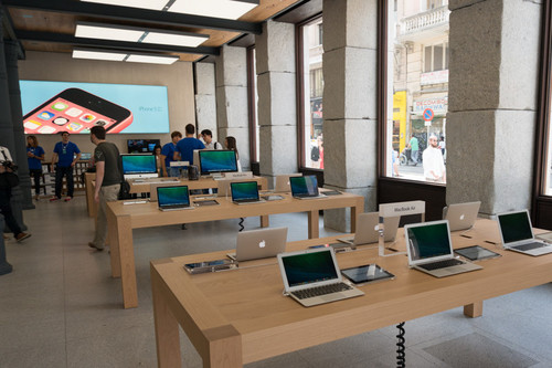 Los retos que Deirdre va a tener en las Apple Store de ahora en adelante