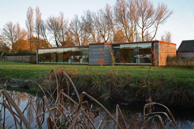 Foto de Espacios para trabajar: Nicolas Tye Architects (1/19)