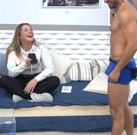 Noel Marta Solos
