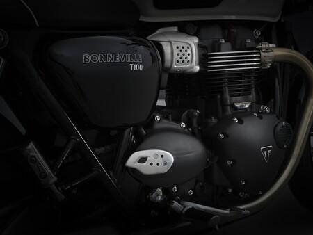 Triumph Bonneville T100 2021 014