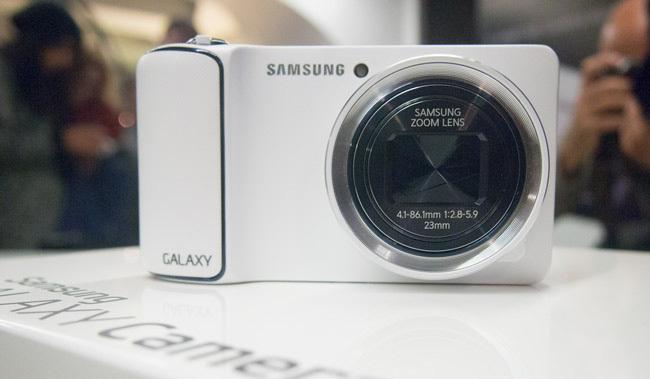 Samsung Galaxy Camera 1