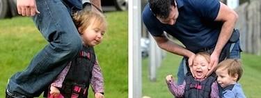 Una madre inventa un arnés para que su hijo con parálisis cerebral pueda caminar