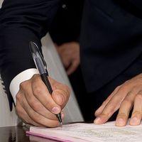 Adiós a las ayudas a la contratación: el Gobierno suprime las bonificaciones para pymes que contraten de forma indefinida