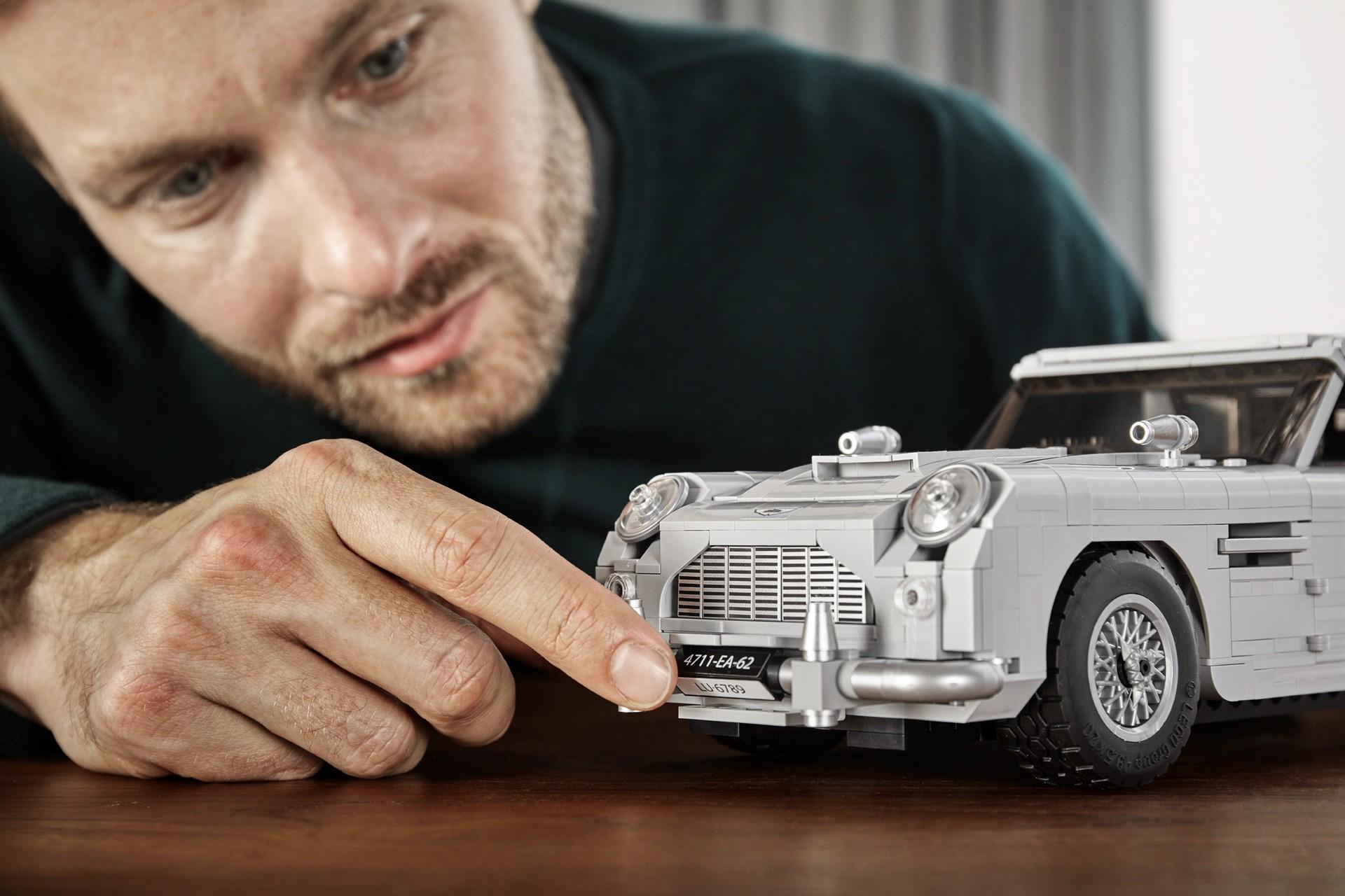 Foto de Aston Martin DB5 007 de LEGO (35/39)