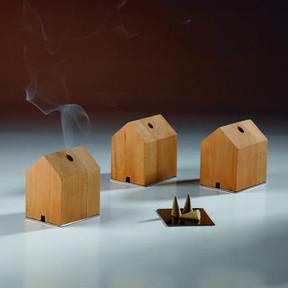 Casa de madera para el incienso