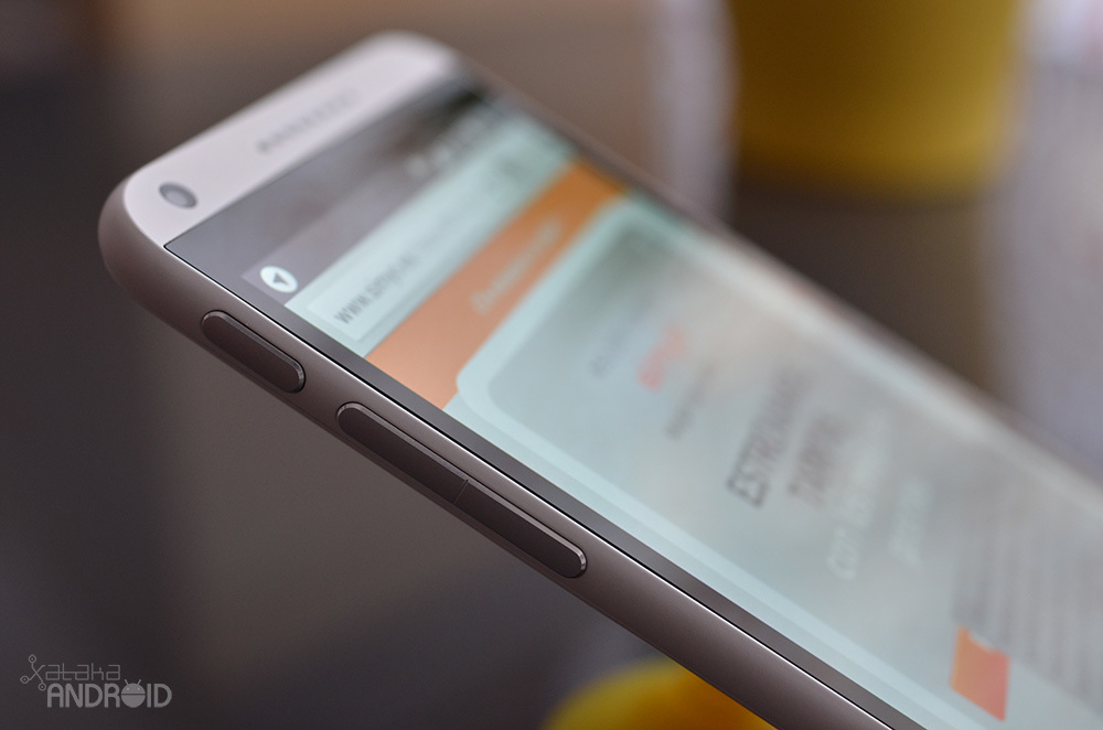 Foto de HTC Desire 816, diseño (9/16)
