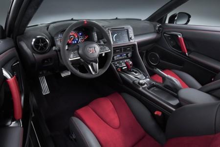 Nissan GT-R Nismo Interior