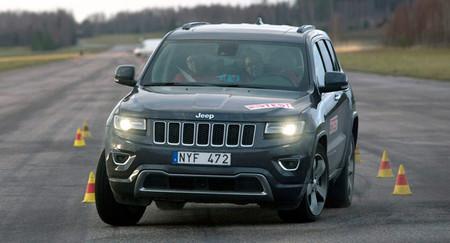 La Jeep Grand Cherokee 2014 enfrenta de nuevo la prueba del alce